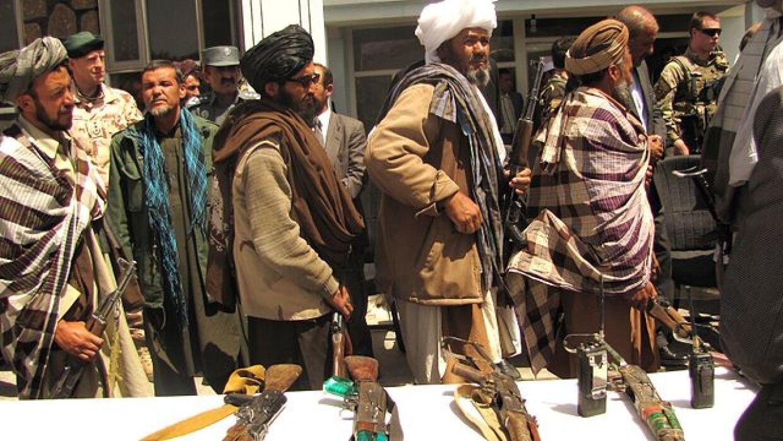 """АКШнын Талибан келишими """"иштебей турган документ"""" болуп калды"""