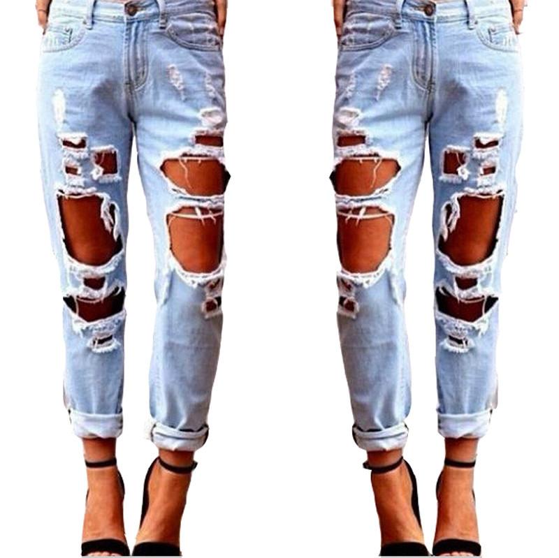 Адвокат тытылган джинсы кийген кыздарды зордуктоону сунуштады