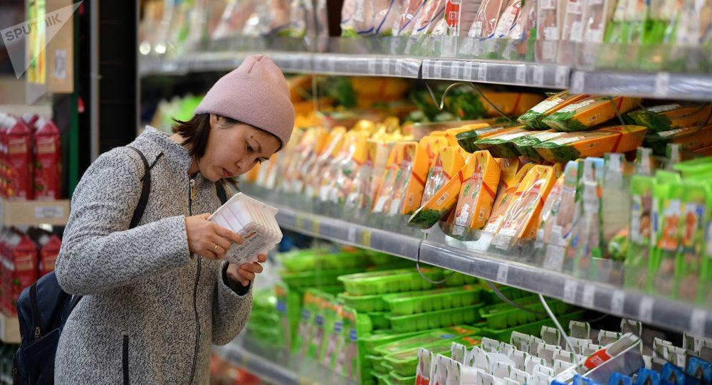 Кыргызстанда үч негизги азыктын кымбатташына уруксат берилди. Тизме