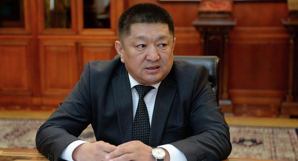 Экс-министр Космосбек Чолпонбаев кармалды