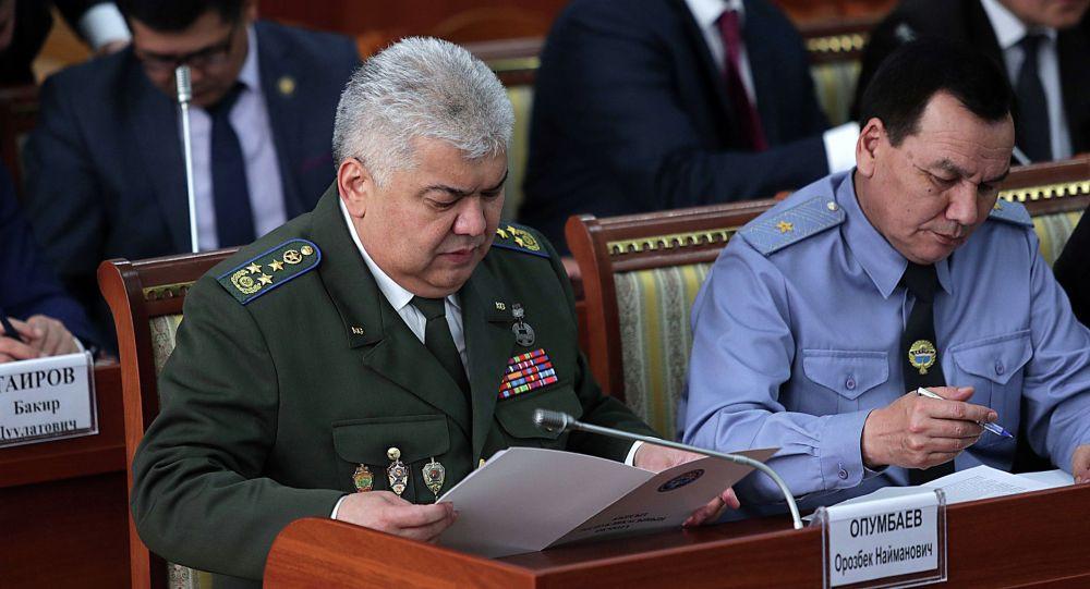 Катаал жазага татыктуу! Депутат Опумбаев менен Жунушалиевди кармоону талап кылды