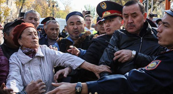 Опасные связи. Как Китай приручает элиты Центральной Азии