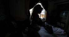 Миңдеген кыз-келиндин интимдик сүрөттөрү интернетке тарады. Британиядагы окуя