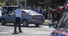 Бишкекте эреже бузган айдоочу өзүн соцтармактан көрүп, инспекторго кайтып келди