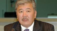 Данияр Үсөнов менен Лукашенконун сүрөтү. Бишкекте ТИМ Беларусь элчисин чакыртты