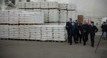 В КР прибыла российская продовольственная помощь. Кому она предназначается