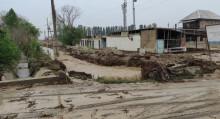 Баткенде дамба жырылып 1500 адам эвакуацияланды. Сүрөт