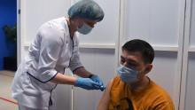 В России прорабатывают вопрос об обязательной вакцинации мигрантов