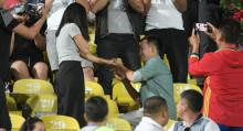 Футболдо кызынын колун сураган Азамат: милиция кармап, тоскоолдуктар көп болду. Видео