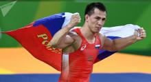 Темир айым! Олимпиада чемпиону Роман Власов Айсулуу Тыныбековага суктанды